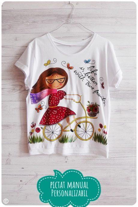 tricou dama pictat cu biciclista