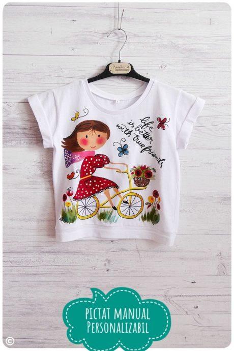 tricou fetita pictat cu biciclista