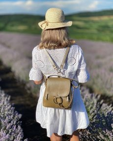 rucsac geanta din piele naturala aurie
