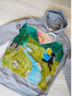 hoodie pictat manual pentru calatorii cadou unicat